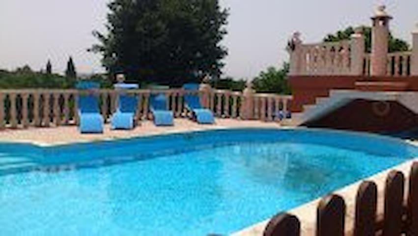 VILLA, PISCINA, TENNIS, HOLIDAYS - Alzira - Chalet