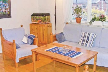 2 Bedrooms Home in Orrefors - Orrefors