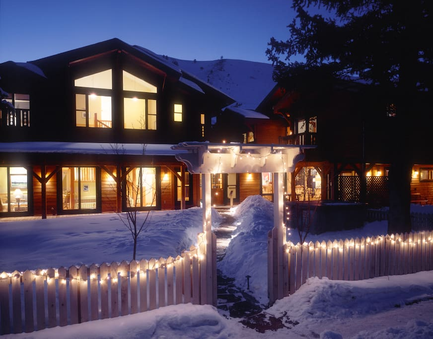 The alpine house lodge cottages chalet in affitto a for Cabins in jackson hole