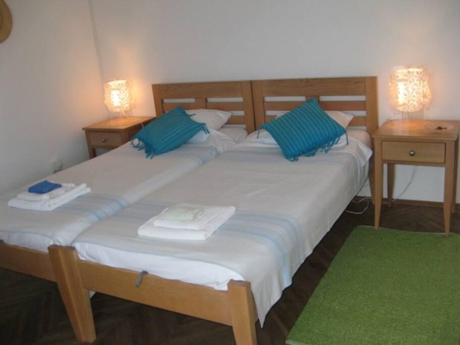 Zadar central big private room ideal location chambres for Chambre hote zadar