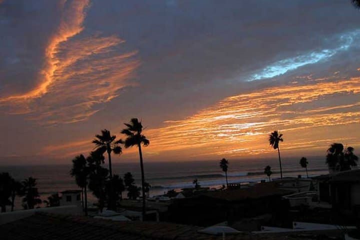 Best Priced Las Gaviotas - Sleep 6 - Rosarito Beach - Casa