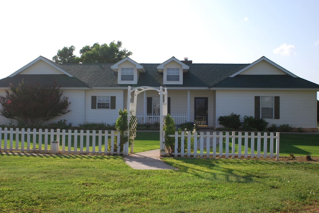 country house close to the city houses for rent in lubbock texas