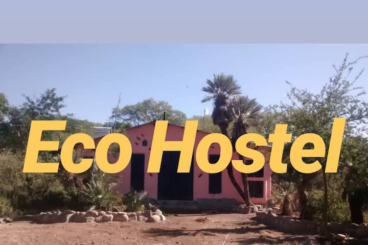 Estadía 100% eco-lógica. ECO HOSTEL
