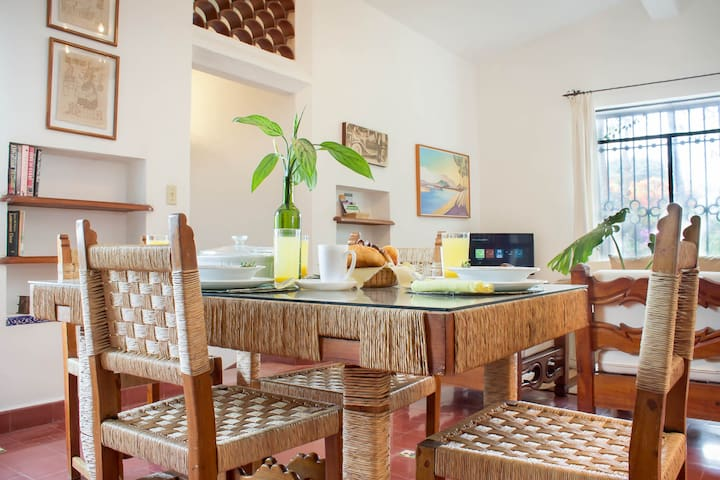 Villa Amecameca, A Pet Friendly Home Rental