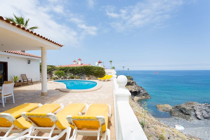 Villa + heated pool and Ocean view - Santiago del Teide