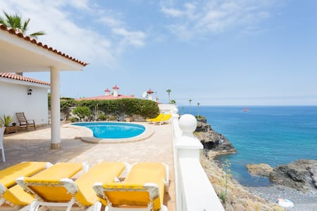 Villa + heated pool and Ocean view - Santiago del Teide - วิลล่า