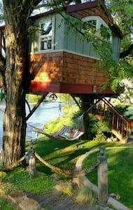 Washougal Riverside Treehouse - Washougal - Trädhus