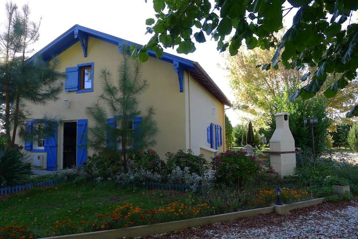 Maison, pleine nature/House, nature. - Villenave - Hus