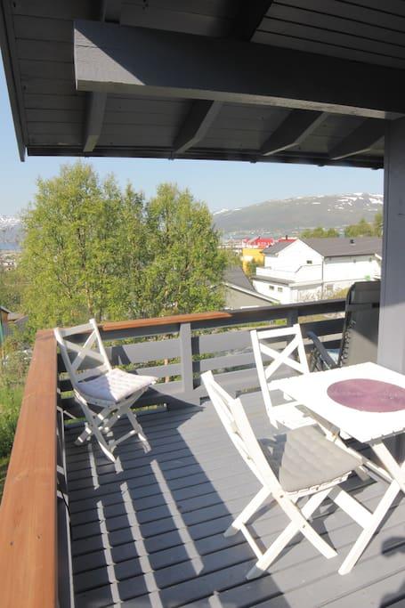 Balkong 1 m/nydelig utsikt