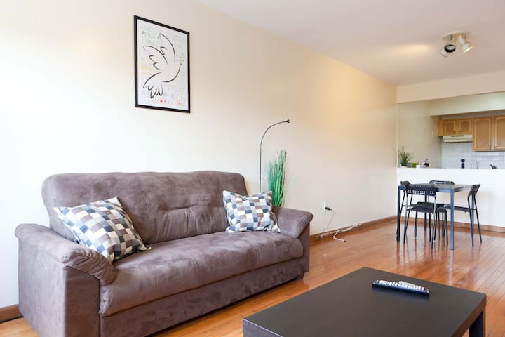 Beautiful 3 Bedroom apt in Bed-Stuy
