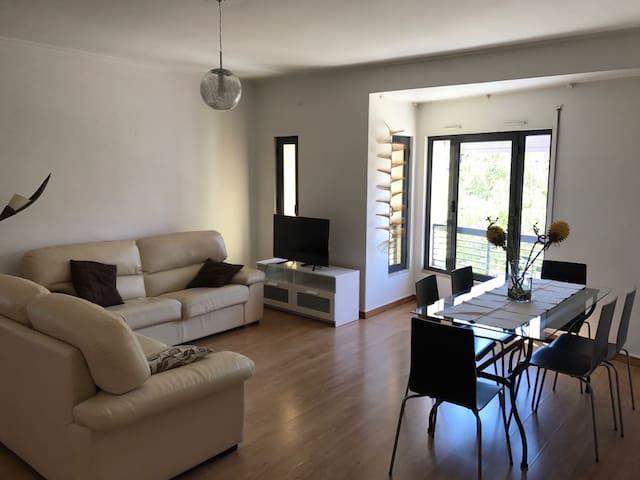 T2 Apartment Parque das Nações - Lisboa - Leilighet