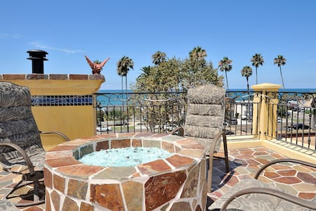 Beach! 1blk away & Rooftop Views! - Oceanside