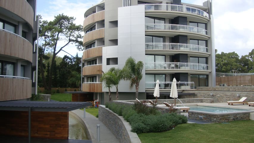 Excelente apto.1D en Carrasco - Ciudad de la Costa - Appartement