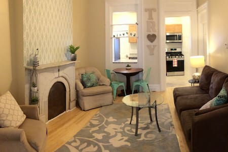 Enjoy Troy in this Charming Updated 2 bedroom Apt!