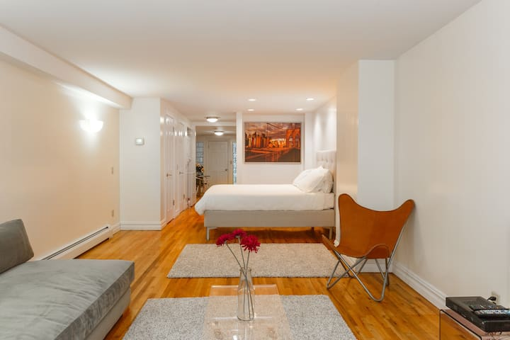 Park Slope Studio Apartment