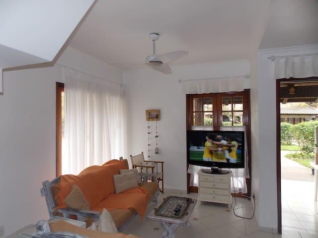 Linda casa de praia - Riviera
