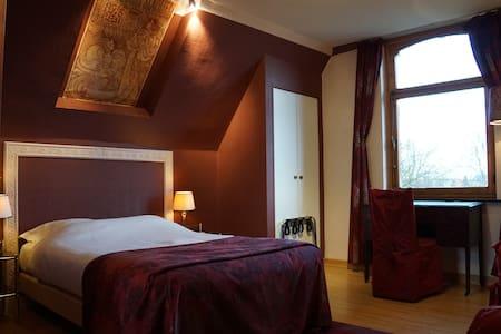 Room: Jan Toorop