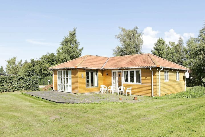 6 person holiday home in Holbæk