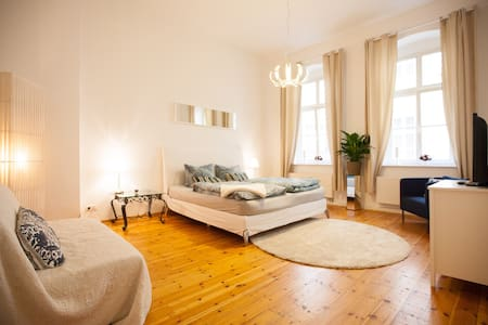 Best Location in Berlin Mitte!!! - Berlin - Apartment