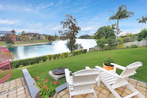 Burleigh Waterfront Retreat