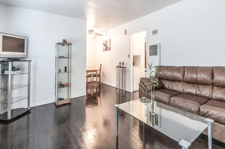 Private/ Spacious/ Clean Room!!!! - Inglewood - Apartamento