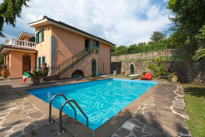 Holiday Home Rome ( Lariano )