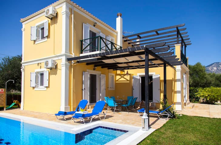 April & May Special from only 180 euros - Pesada - Villa