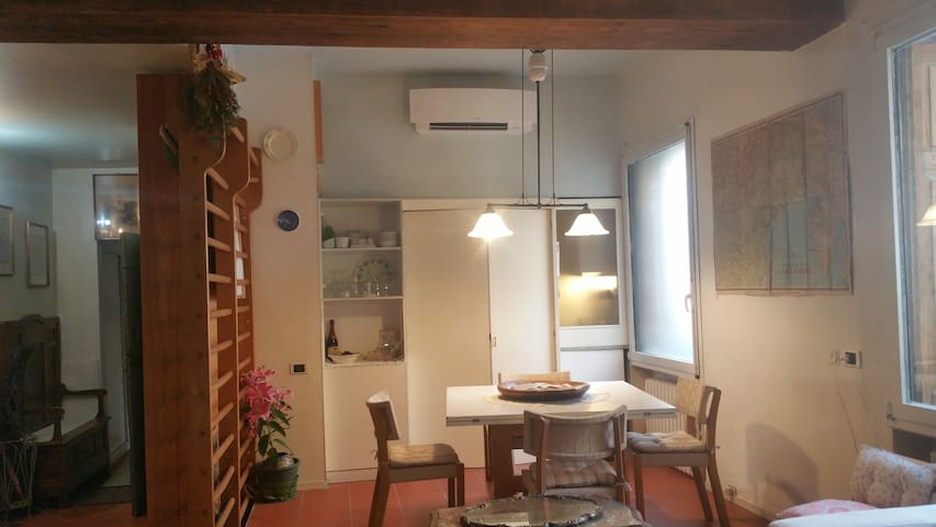 dining area and kitchen door