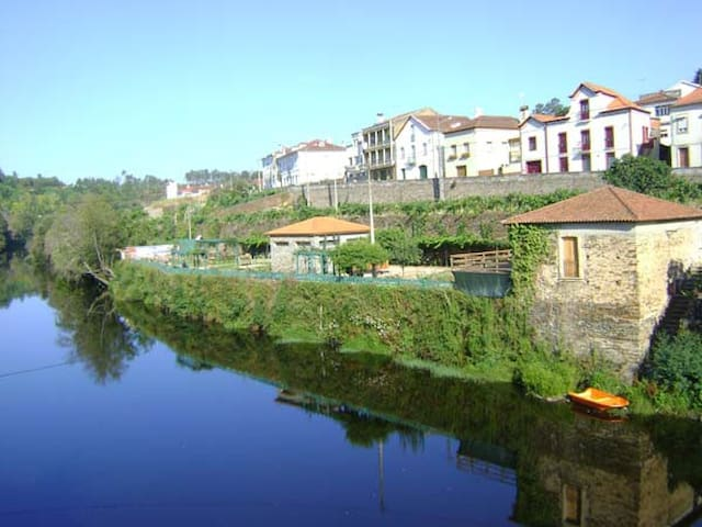 House in Coja, river beach 200ms - Arganil Municipality - House