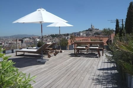 apartment, roof terrace & sea view - Marseille