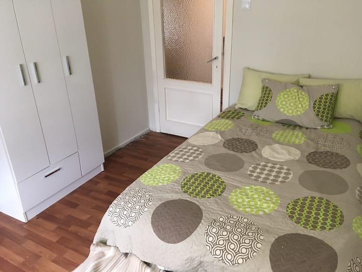 Bostancı rent room