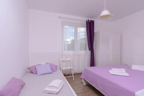 Lovely Studio Apartment with bedroom Lavanda