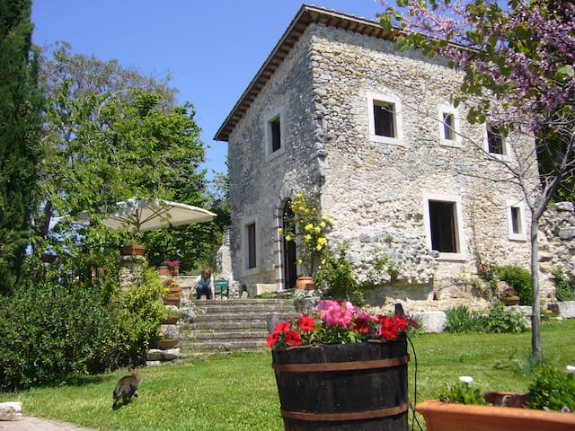 La Torretta, an authentic italian country house.