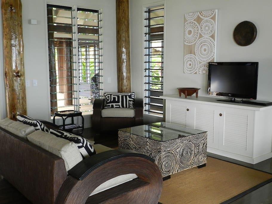 Pod House Lounge Room