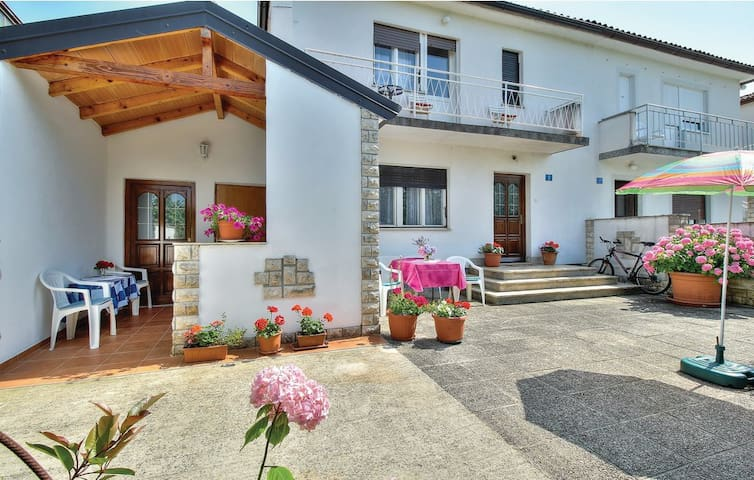 Apartments Sunce - Two Bedroom App with Terrace