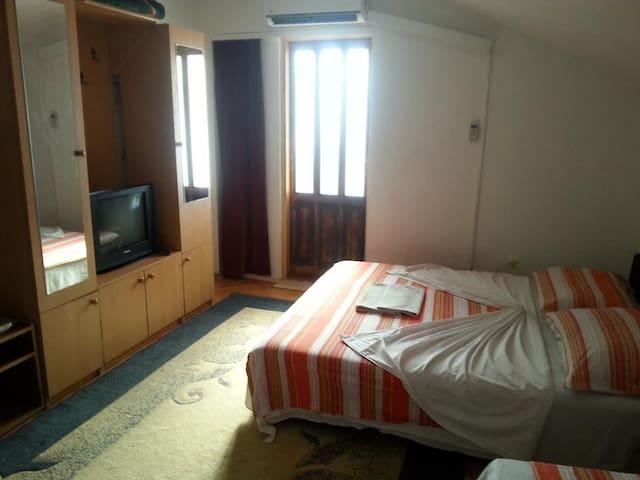 """Apartments & Hostel """"Zdrava hrana """" - Mostar - Hostel"""