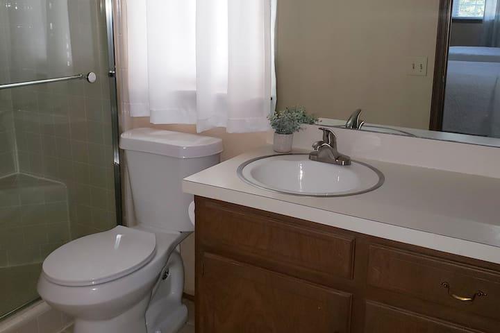 Bathroom 1 attached to queen bedroom