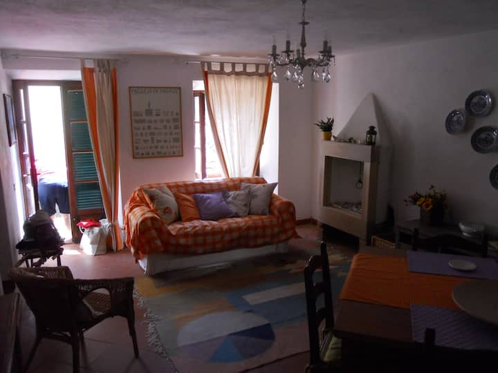 Appartamento su 2 livelli nel borgo