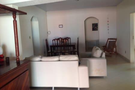 Casa Aconchego Arembepe Ba - Arembepe - Hus