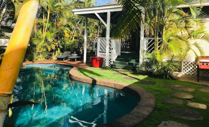 Villa Frangipani Tropical Beachside Retreat Kailua