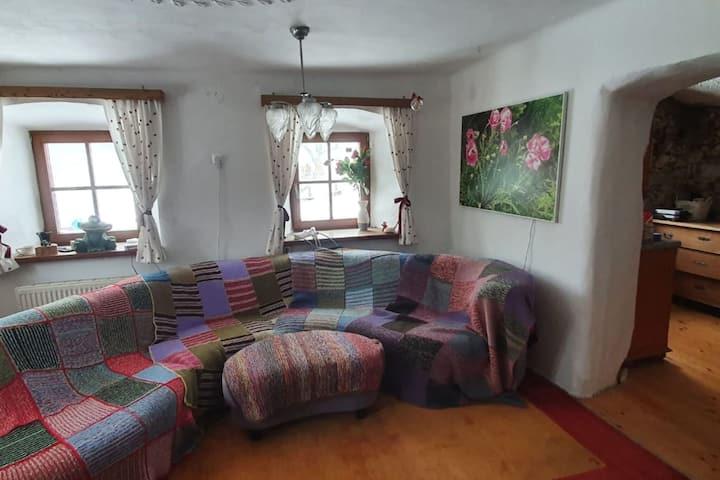 Simplistic Apartment in Waxenberg near Burgruine Castle