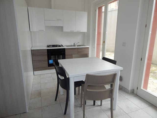 S13 - Sirolo,nuovo monolocale con corte attrezzata - Sirolo - Apartamento