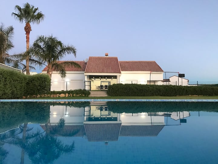 Manilva villa, Mediterranean & mountain views