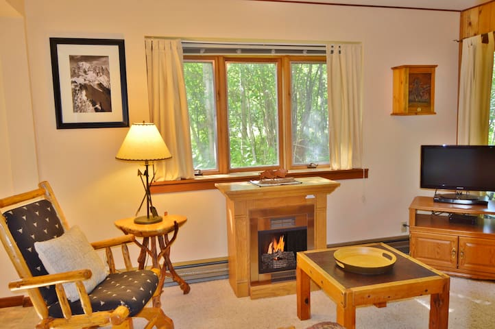RMR: Condo w/ Free Activities + Teton Sports Club