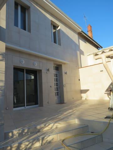 Maison 90m2,  3 ch, 2 sb et terrasse de 35m2