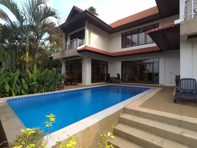 Charming 4-BR pool villa 100 meters from beach