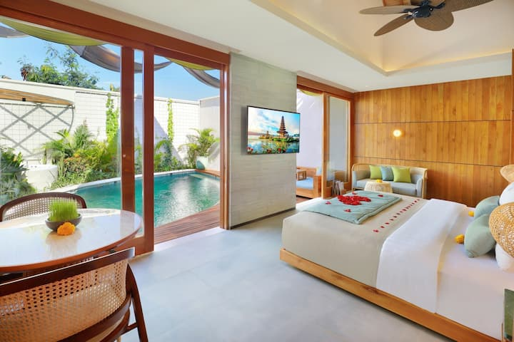 New Luxury One Bedroom Villa Seminyak