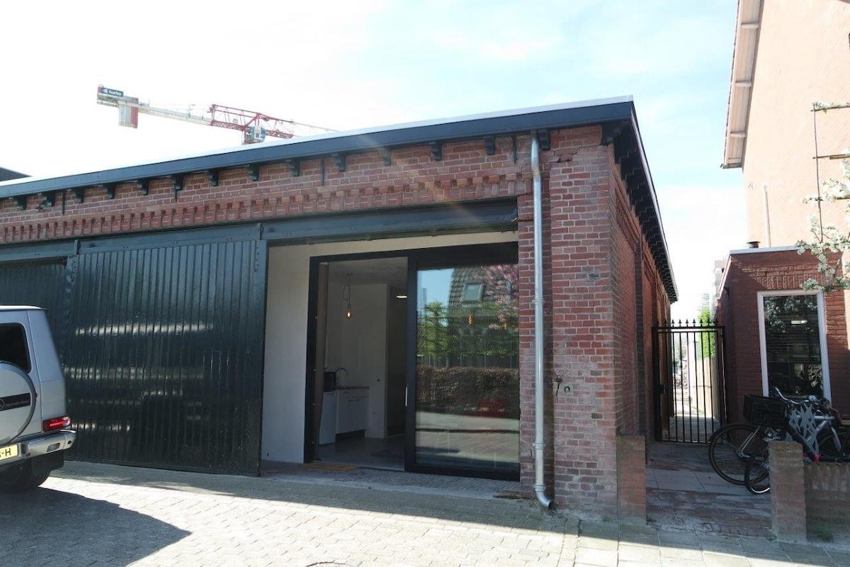 Garage Huren Eindhoven : New garage studio city center free parking appartementen te huur