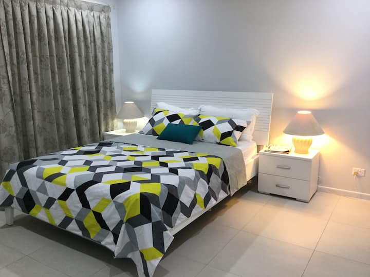 Cosy Q/bed Room At Northern Beach, NBN Wi-Fi Pool