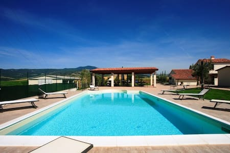 Holiday homes in Tuscany-Gelsomino